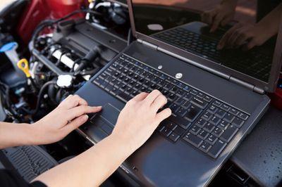 תכנות מחשב רכב